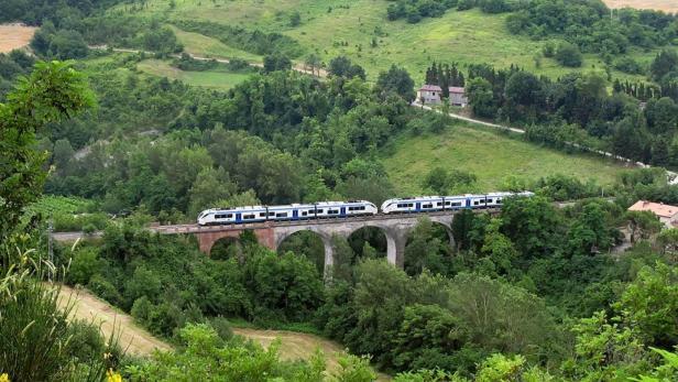 Italien: Mit dem Zug oder dem Rad auf den Spuren Dantes